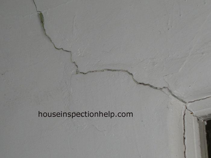 Door Jamb Plaster Crack